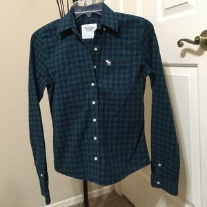 abercrombie & fitch plaid button up top